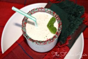 Peppermint Smoothie With Yogurt