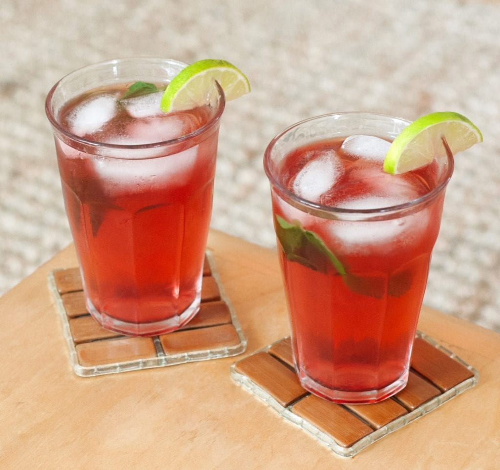 raspberry balsamic shrub cocktail